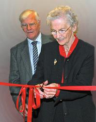 Mrs Maureen Hamilton opening the Heritage Centre